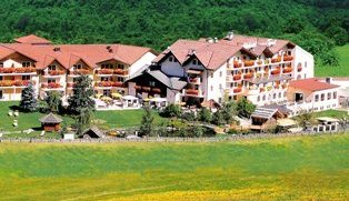 Alphotel Tyrol****S